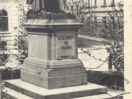 Monument to Aleksander Fredro