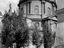 Вид домініканського костелу з Домініканерштрассе (тепер вул. Ставропігійська)