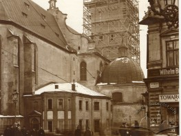 Tower of Latin cathedral during restoration