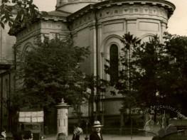 Преображенська церква з боку театру ім. М. Заньковецької
