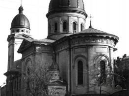 Преображенська церква з боку вул. Театральної