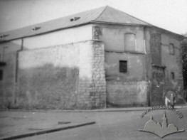 Вид міського арсеналу з боку вулиці Братів Рогатинців